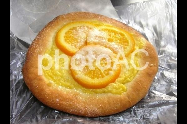 オレンジパン.jpg