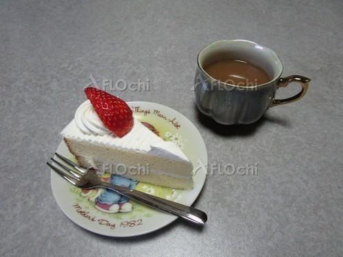ショートケーキとコーヒー.jpg