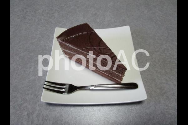 チョコレートケーキ(フォーク付き).jpg