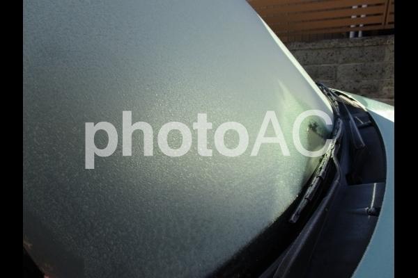 凍ったフロントガラス.jpg