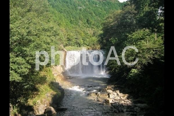 午後の滝.jpg